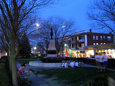 Night shot of Hyde Park Square, by Rob Ireton